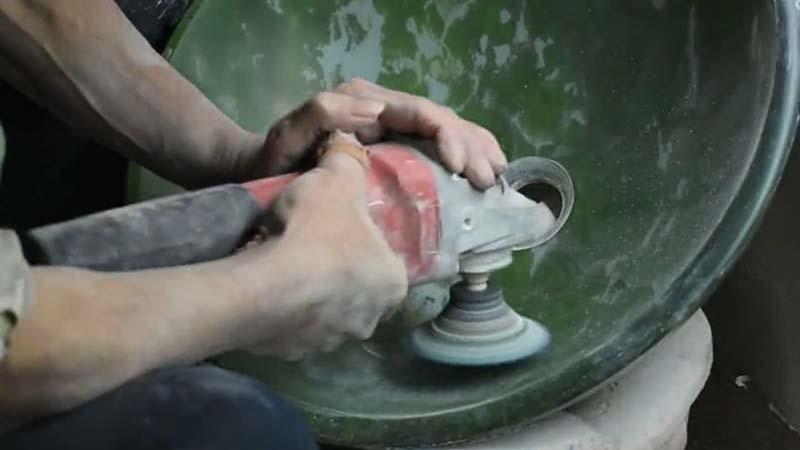 Glass basin hand internal polishing